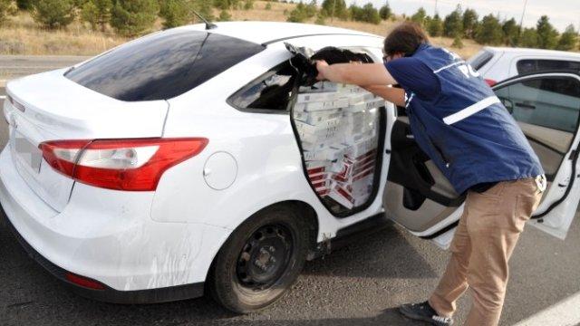 Otomobilde 58 Bin Paket Kaçak Sigara Çıktı