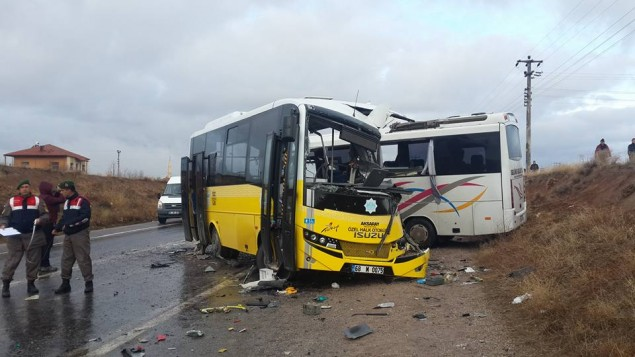 Aksaray'da İki Minibüs Çarpıştı: 2 Ölü, 11 Yaralı
