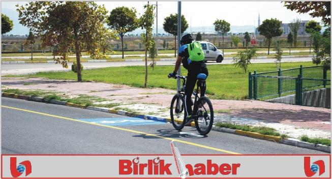 Üniversite Yoluna Bisiklet Yolu Çalışması Yapıldı