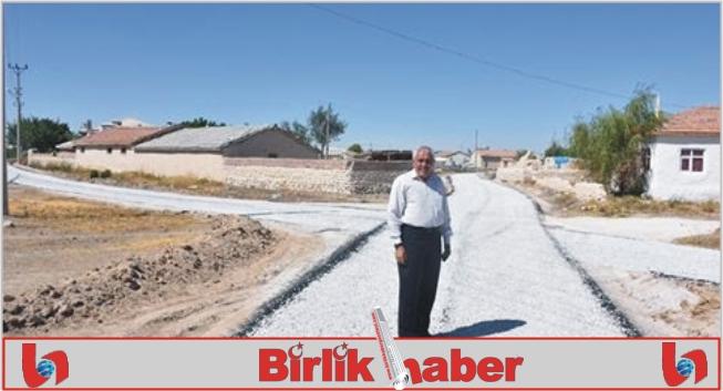 Eskil'de yayla içi asfaltlama çalışmaları sürüyor