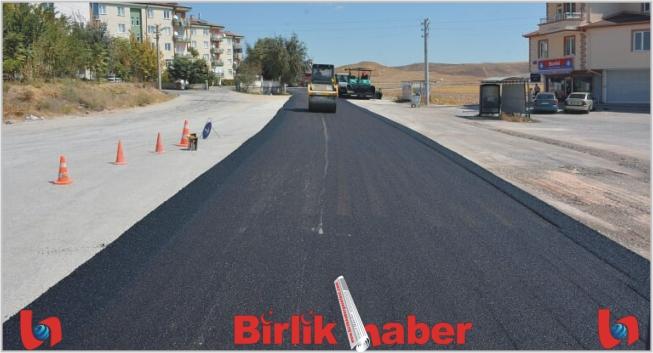 Aksaray Belediyesi Asfaltta Hız Kesmiyor