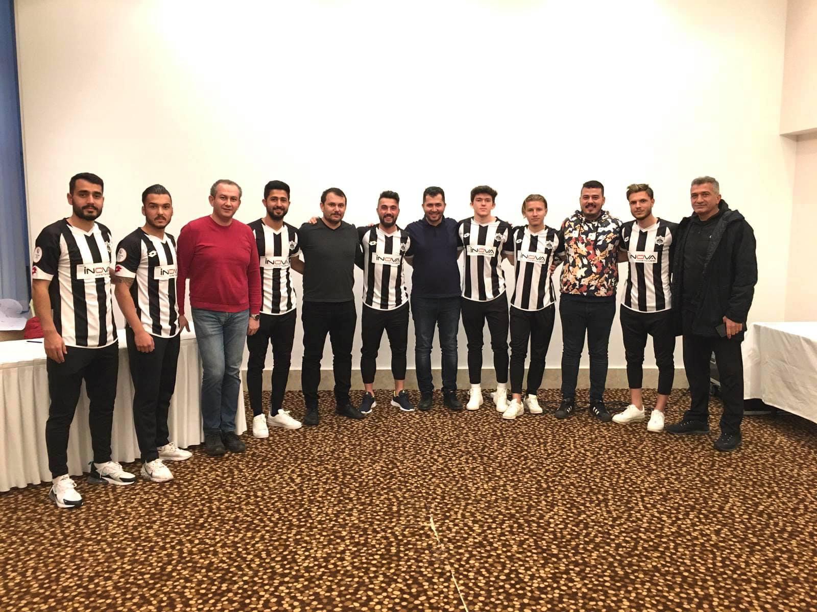 7 Futbolcu  İçin İmza Töreni Yapıldı