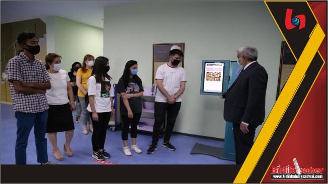 Lise Öğrencileri ASÜ'de