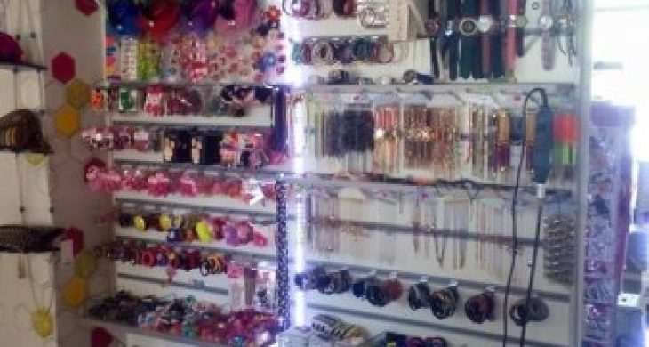 Devren satılık bijuteri kozmetik icgiyim mağazası