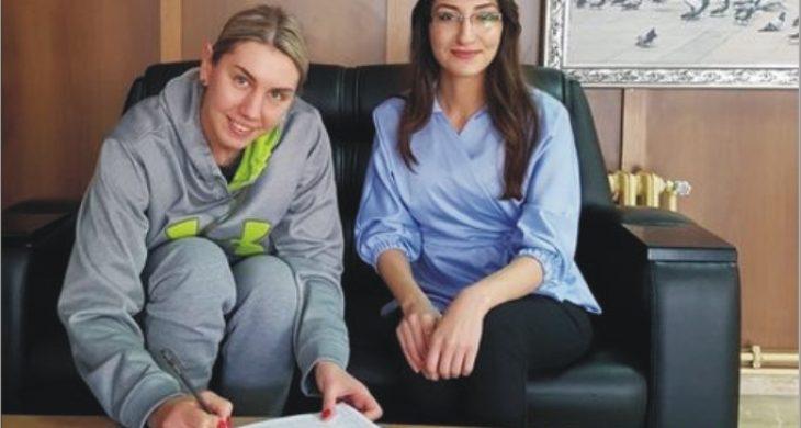 Anastasia Aksaray'da..