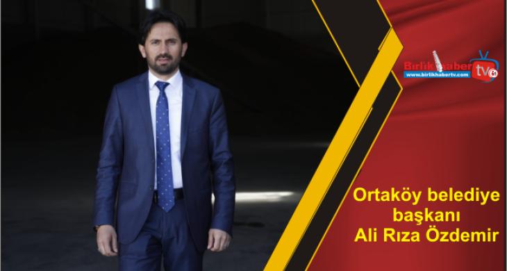 Ortaköy belediye başkanıAli Rıza Özdemir mazbatasını aldı